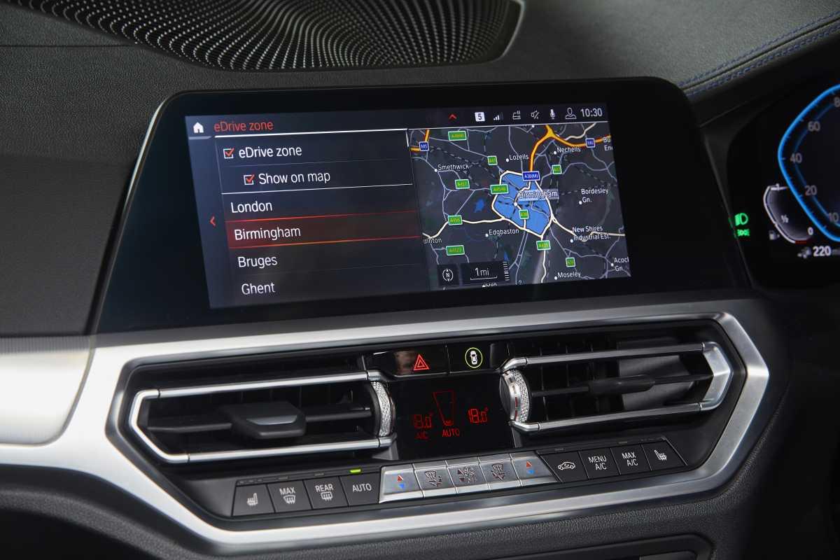Bmw edrive zones uk 330e driving dash display