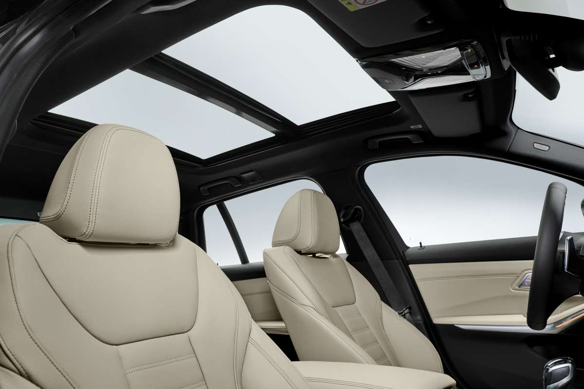 3 series touring Panormaic Sunroof