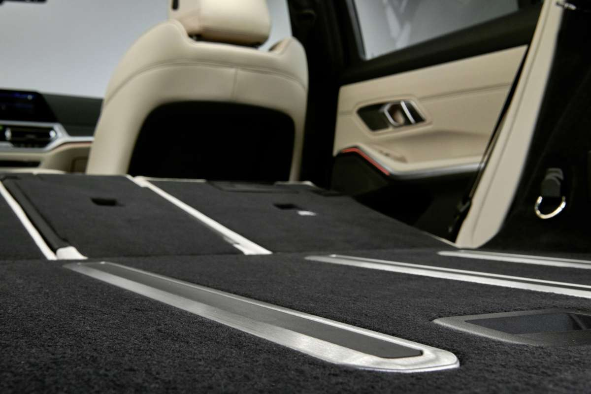 3 series touring seat folding