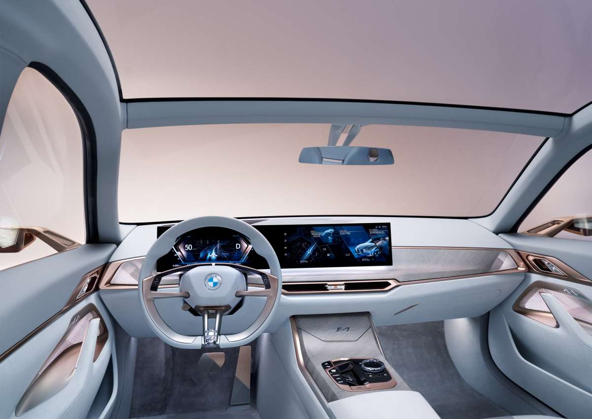 BMW i4 Concept Dashboard