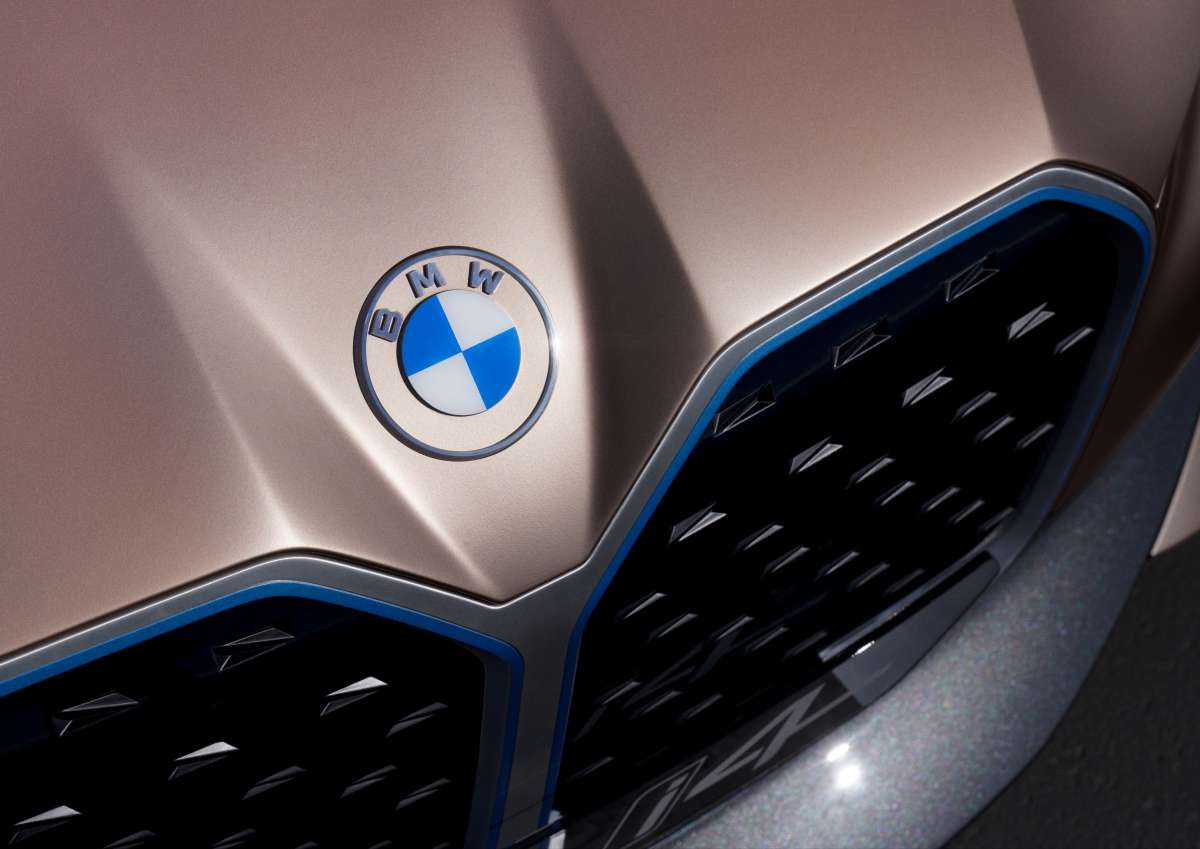 BMW i4 Concept Front Grill Close Up