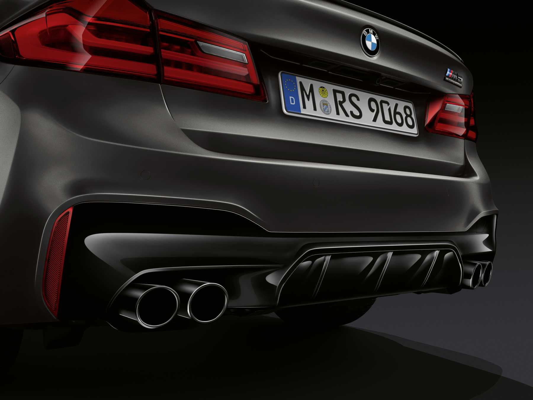 The BMW M5 Edition 35 Jahre Exhaust
