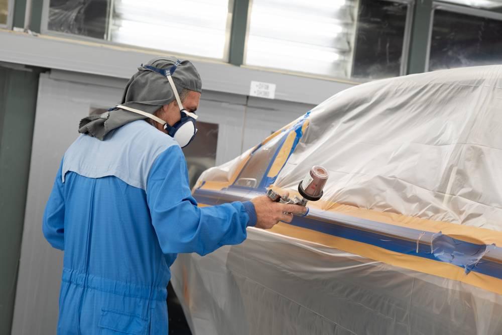 Bodyshop BMW Paint Spraying v1