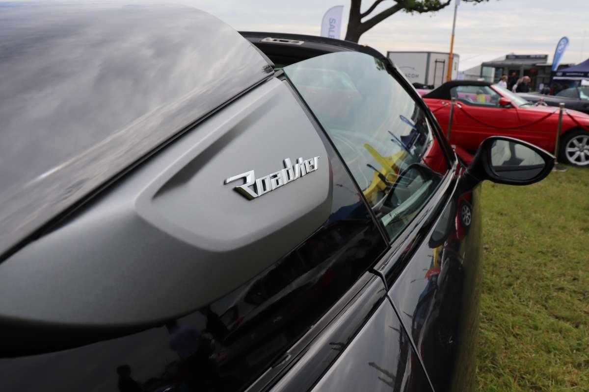 Chehsire Show 2019 i8 roadster badge