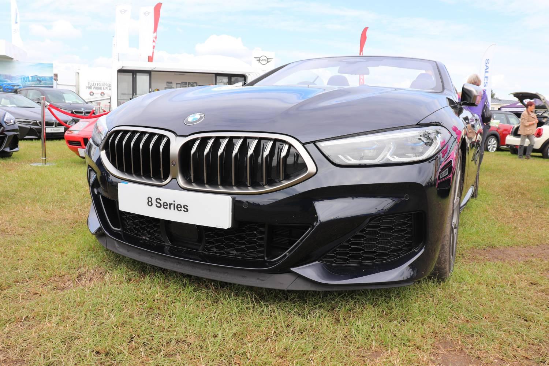 Chehsire Show 2019 8 series convertible