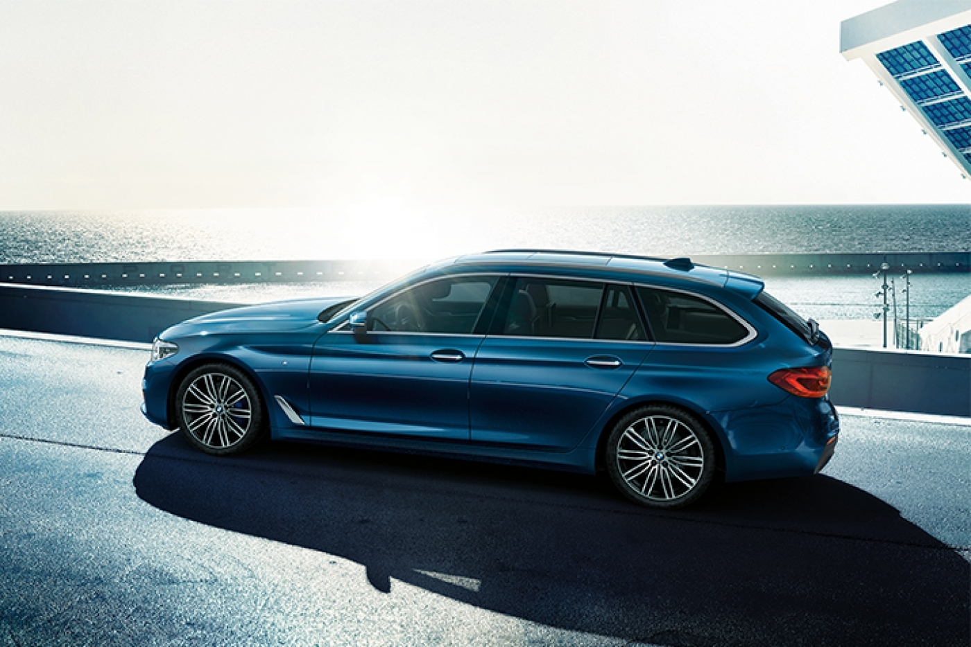 New Bmw 5 Series Touring Profile 1400 934 S C1