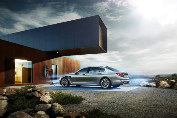 P90218761 Highres Bmw 740Le Iperforman