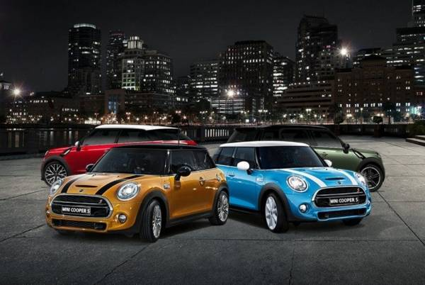 2016 BusinessCar Awards - MINI Wins Premium Supermini of the Year