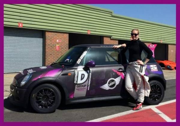 Halliwell Jones MINI sponsors Racing Star Jo Polley