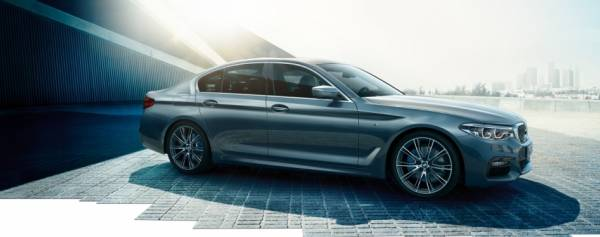 The new BMW 5 Series wins WhatCar? Car of the Year 2017