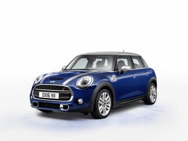 P90211168 High Res Mini Cooper S 5 Door 600 450 S C1