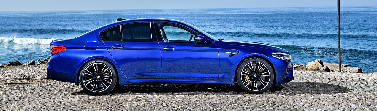WORLD PERFORMANCE CAR 2018 | BMW M5 VOTED