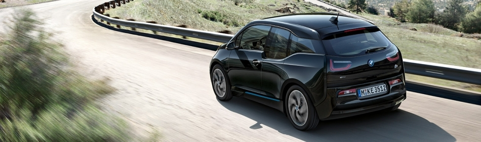 BMW i3 VOTED GREEN VEHICLE OF THE YEAR