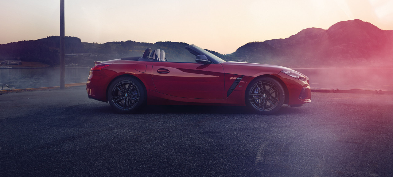 INTRODUCING THE NEW BMW Z4.
