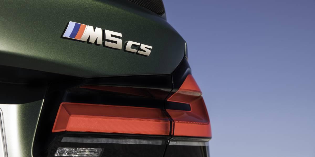 M5 CS rear Model Badge