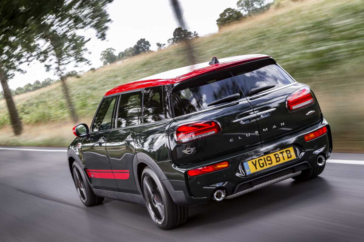 P90367408 high Res the new mini clubman