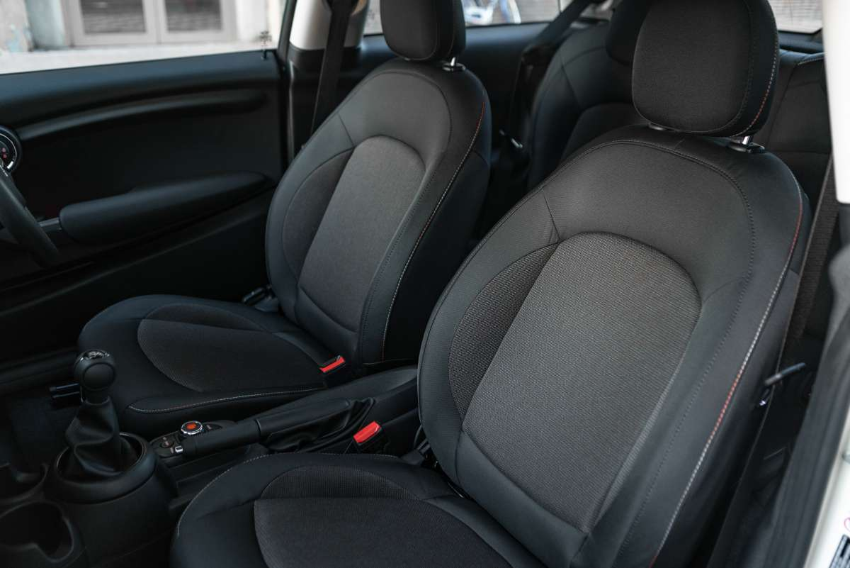 2019 MINI 3 Door Classic Front Seats Original File