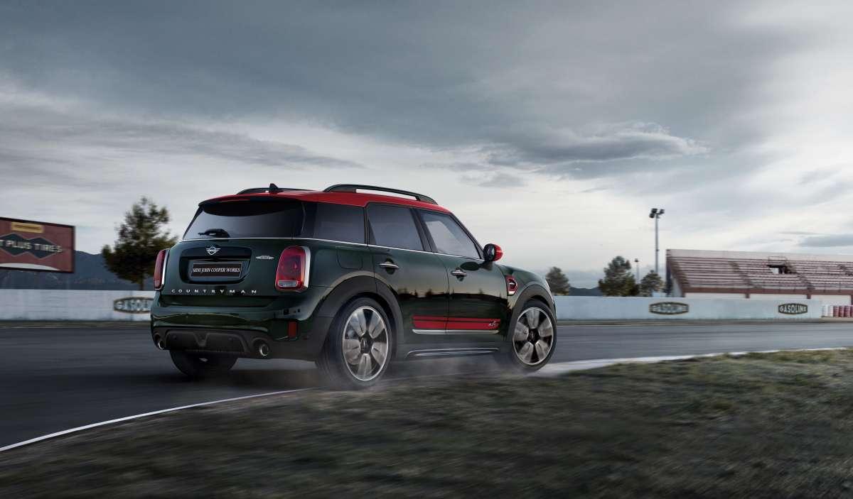 JCW Countryman Exterior 3 4 Reverse New Car Badge Dynamic Image New Car 2018 High Resolution JPEG 1