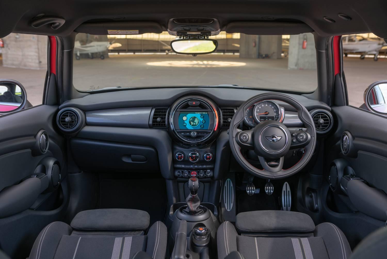 2019 MINI 5 Door Sport interior dashboard Original File