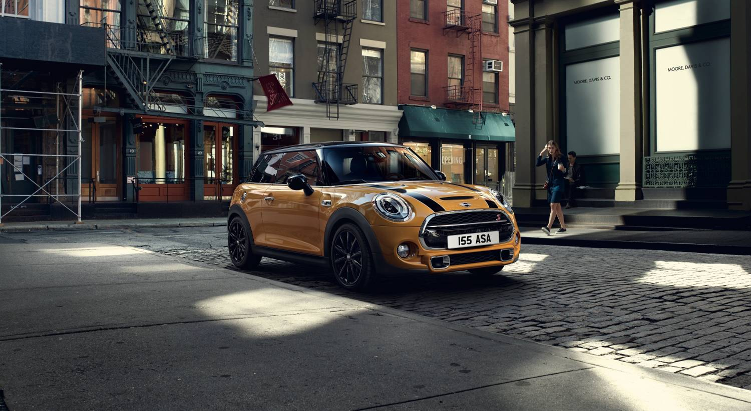 Cooper S 3 door Hatch With Chili Pack Volcanic Orange Static Lifestyle Front 3 4 Image New Car 2017 High Resolution JPEG 2