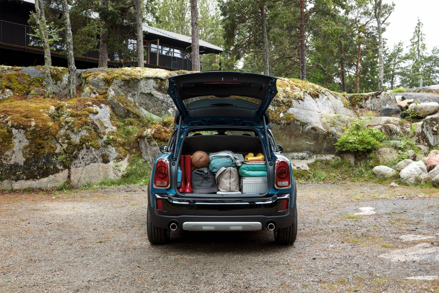 Cooper S Countryman Island Blue Boot Static Lifestyle Rear Image New Car 2016 High Resolution JPEG 1