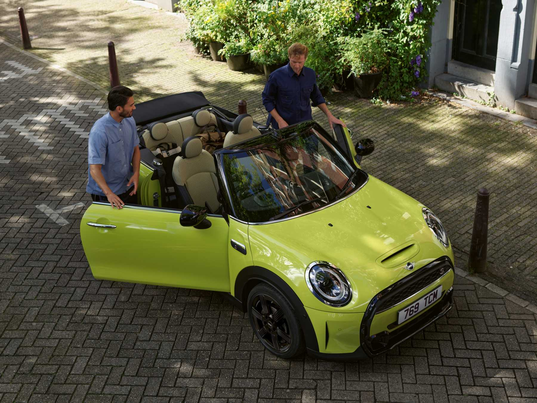 MINI Convertible Cooper S LCI Image Lifestyle Top Front 3 4 New Car 2