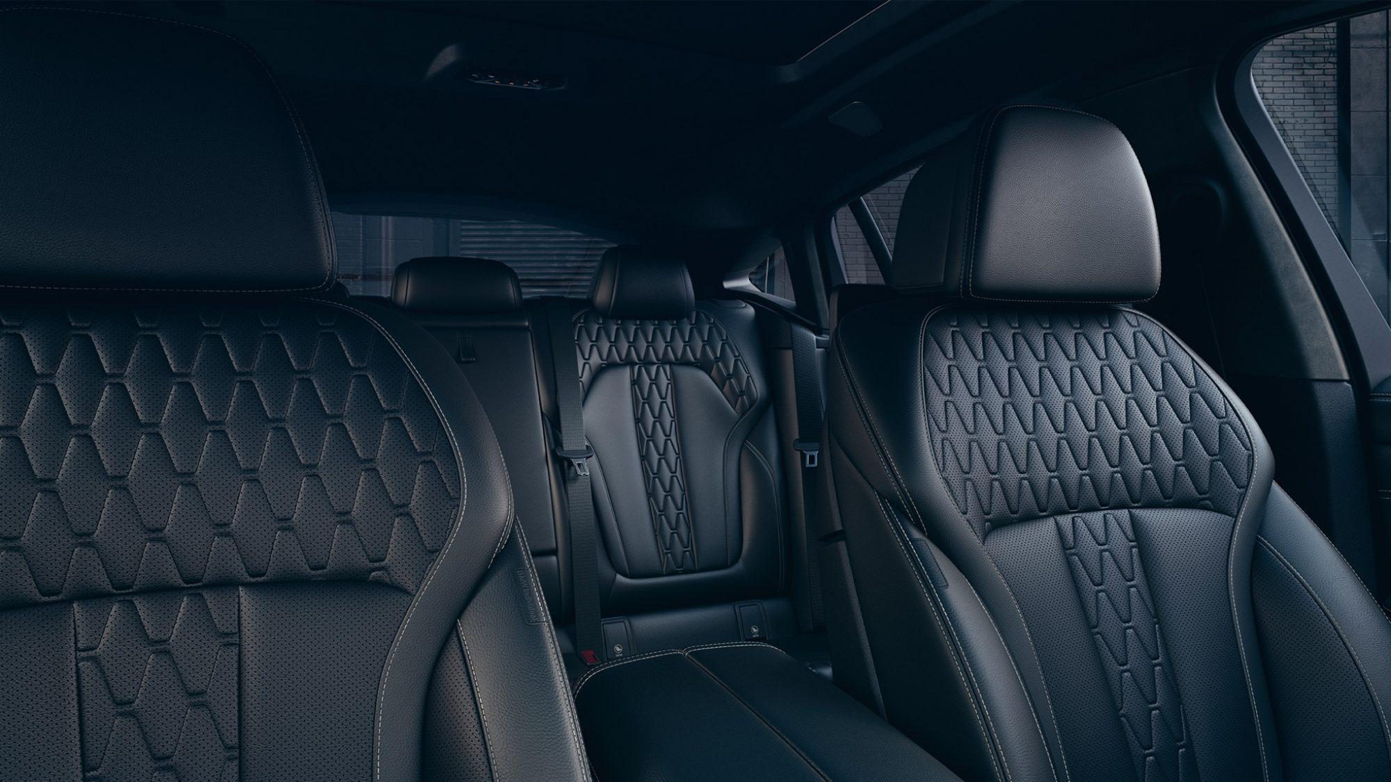 BMW 330e What Car Award Dashboard