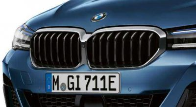 New iconic kidney grille.