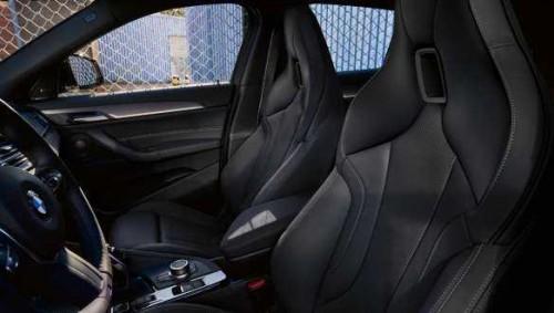 Mini 5 Door Hatch Black Wheels
