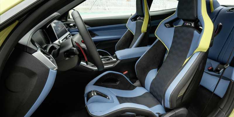 2020 BMW M4 Front seats