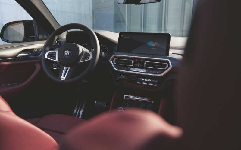 X4 LCI Image New Car 2021 3