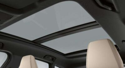Large panoramic glass roof